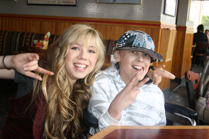 nathan kress and jennette mccurdy 2011. jennette mccurdy and nathan
